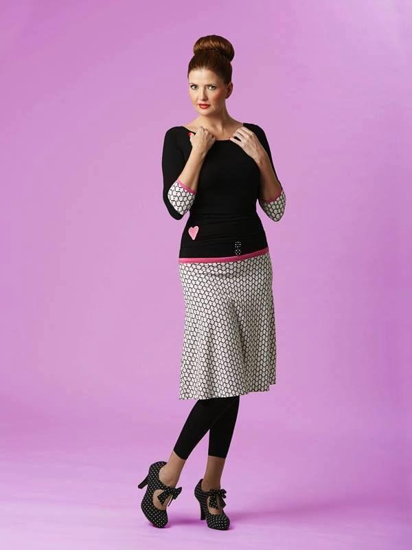 Cullys Curves Skirt SP15