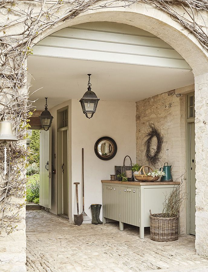 Best 25 porte cochere ideas on pinterest watch hill - Porte country chic ...