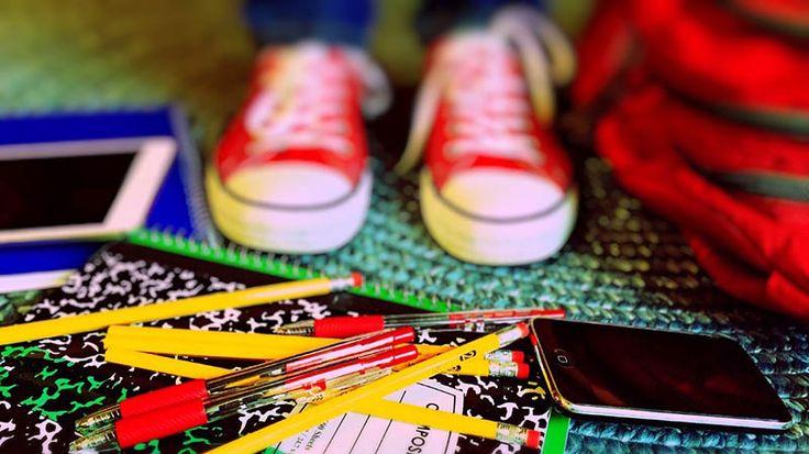 Rodzina: Moje dziecko nie jest prymusem - http://kobieta.guru/moje-dziecko-nie-jest-prymusem/ - Początek wakacji to szczególny czas dla wszystkich dzieci. Dwumiesięczną przerwę wypełnioną zabawą i podróżami otwiera zakończenie roku szkolnego. Otrzymanie świadectwa - z paskiem czy też bez - jest sfinalizowaniem całorocznych zmagań i osiągnieć.   Jeśli jesteśmy w dobrej oraz szczerej relacji z naszym dzieckiem, wiemy, na co być przygotowanym. Czasami jednak