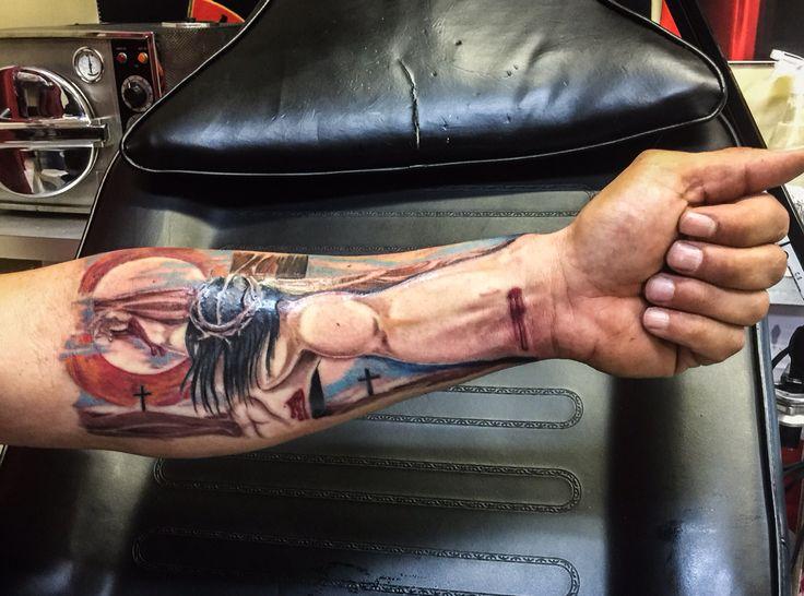 Jesus 3d Lower Arm Tattoo Blacky Blacky S Tattoo Studio Similar Style Http Adf Ly 1cgy0y Jesus Tattoo Jesus Tattoo On Arm Arm Tattoo