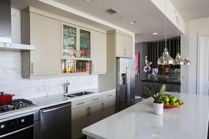 Creative Tonic - Courtnay Tartt Elias: Bachelor Pad kitchen and wine niche; Julie Soefer Photography