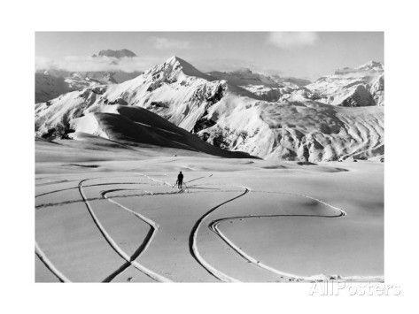 Skier in the South Tyrolean Dolomiten Near Cortina, 1930's Fotografisk trykk av Scherl hos AllPosters.no