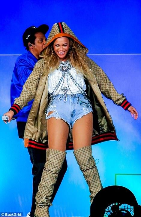 afccb9278f17 Beyonce and Jay-Z  reveal  they have renewed the wedding vows ...