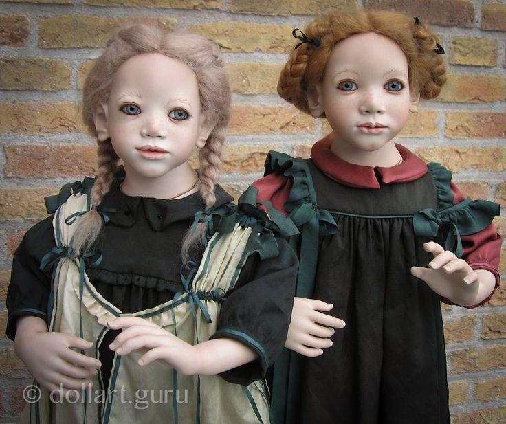 Коллекционная фарфоровая кукла Lisbeth — маленькая представительница Швеции, искусно создана величайшим мастером современного кукольного мира Аннет Химштедт (Annette Himstedt) в 1993 году.  Рост куклы около 57 см, парик из высококачественного мягчайшего мохера, стеклянные светло-голубые глаза — шедевры мастеров стеклодувов из Германии, выполнены специально для этой куклы.  Платье Lisbeth сшито из индийского шелка.