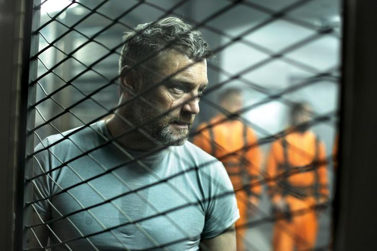 Vincent Regan in 'Lockout' http://numet.ro/lockout