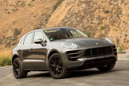 Porsche Macan static