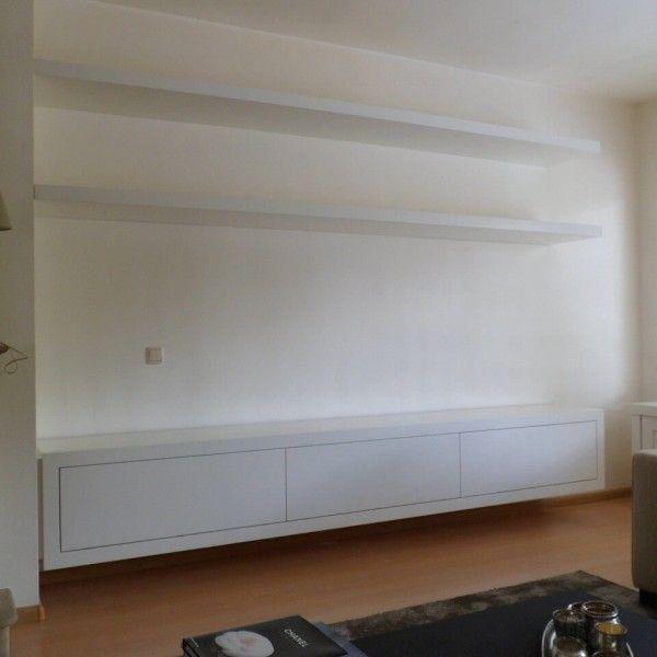 25 beste idee n over muur achter tv op pinterest muur achter de bank kinderen tv kamers en - Muur plank onder tv ...