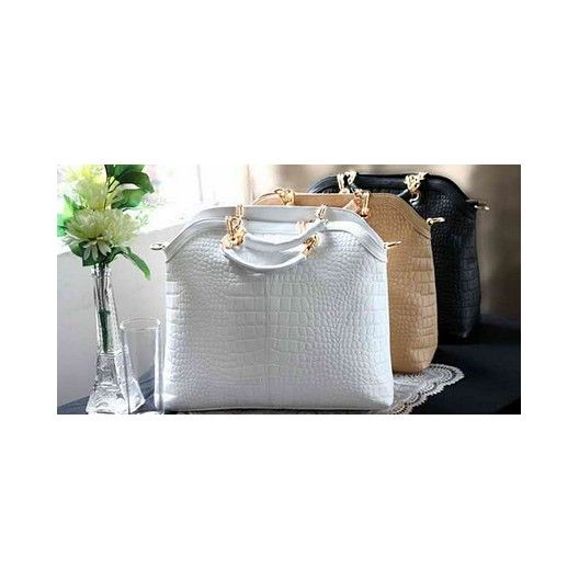 Stunning elegant handbag in a choice of colours and sizes