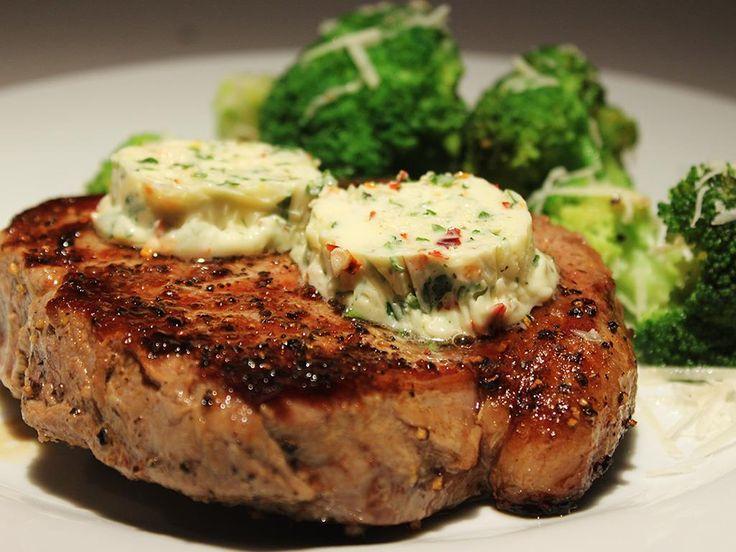 Steak+with+Chilli+&+Garlic+Butter