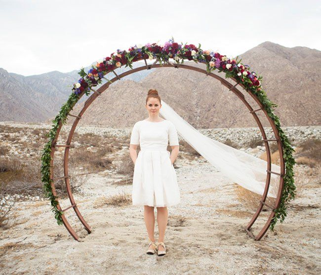 Beach Wedding Arch Ideas: Mid-Century Modern Wedding Inspiration From Palm Springs