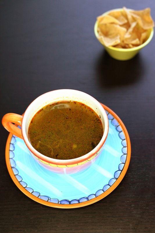 Deze eenvoudige soep heb je in no time klaar. Ideaal na een lange werkdag!