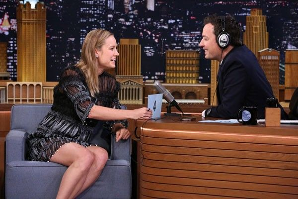 Brie Larson and Drake will host SNL in May 2016. #brielarson