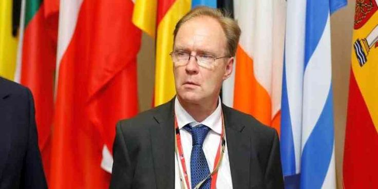 """Top News: """"UK POLITICS: Britain EU Envoy Ivan Rogers Abruptly Resigns"""" - http://politicoscope.com/wp-content/uploads/2017/01/IVAN-ROGERS-UK-POLITICS-LATEST-NEWS-HEADLINE.jpg - Ivan Rogers Britain's ambassador to European Union has abruptly resigned just 3 months before Prime Minister Theresa May starts formal Brexit negotiations.  on Politics: World Political News Articles, Political Biography: Politicoscope - http://politicoscope.com/2017/01/04/uk-politics-britain-eu-envoy-i"""