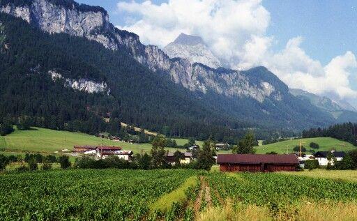 Austria. Pentax P30 - fuji superia 200 https://flic.kr/p/ftjUpi #Austria