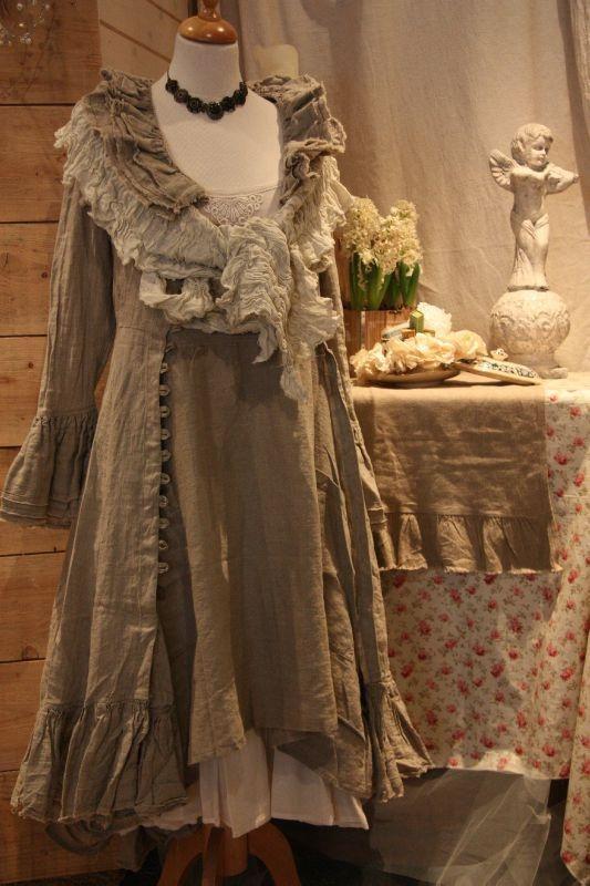 les 311 meilleures images du tableau shabby sur pinterest romantisme mode romantique et style. Black Bedroom Furniture Sets. Home Design Ideas