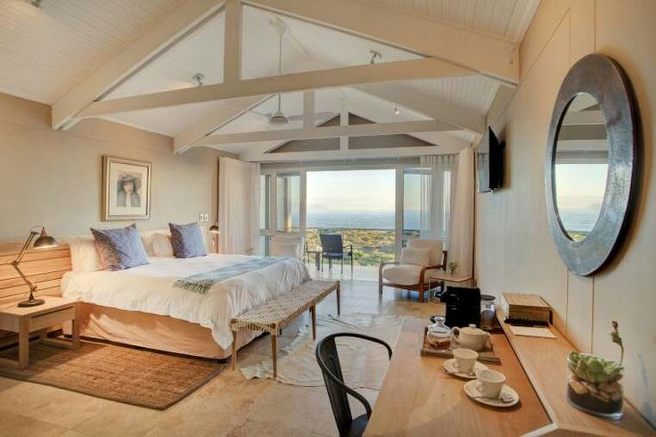 Luxury, romance and charm at Abalone Guest Lodge in Hermanus; with its pristine location at Siever's Point, regarded as one of the best whalewatching spots along the Cape Whale Coast, guests are ensured of phenomenal whalewatching and a peaceful and relaxing holiday in Hermanus.