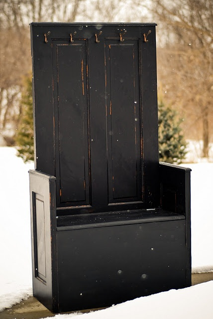 we have lots of old doors & i'd love to repurpose one like this!