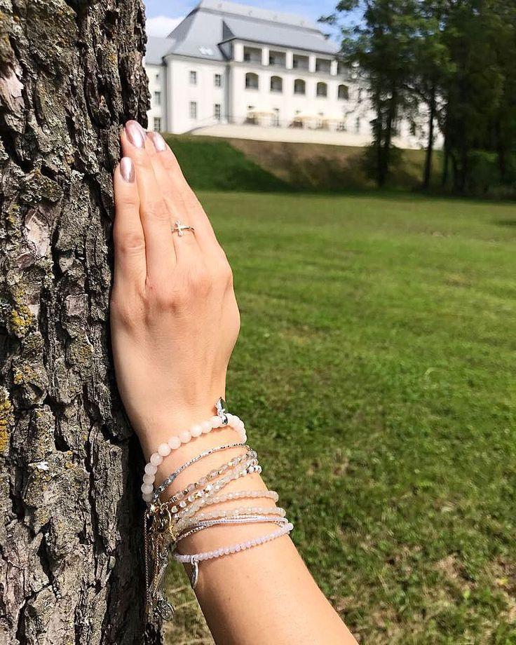 """Polubienia: 64, komentarze: 5 – Anna Dziubek (@annadziubek_bydziubeka) na Instagramie: """"Cudowny weekend w @zamekjanowpodlaski #janowpodlaski #bydziubeka #jewelry #castle #summer…"""""""