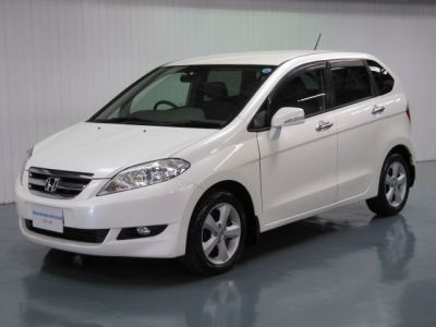Honda FR-V 2.0 EDIX 6 SEATER Japenese Import MPV Petrol Pearl WhiteHonda FR-V 2.0 EDIX 6 SEATER Japenese Import MPV Petrol Pearl White at The Car Warehouse Middlesbrough
