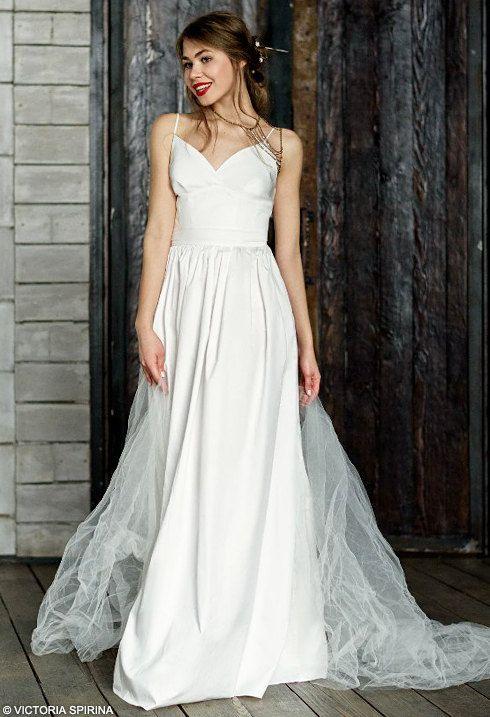 Beach wedding dress cotton wedding dress Low by VICTORIASPIRINA