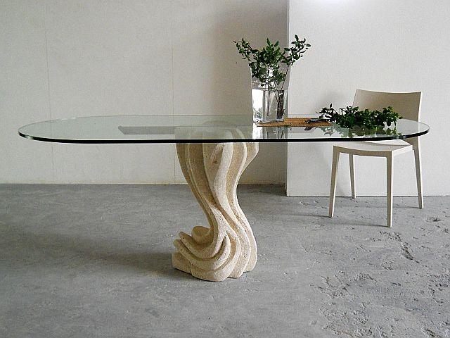 Essenza tavolo in cristallo con basamento in pietra scolpita, lavorazione artistica 100% made in Italy