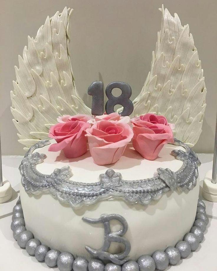 Melek Kanatlı 18 Yaş Pastası...