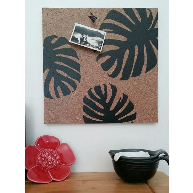 New Monstera leaf design pinboard