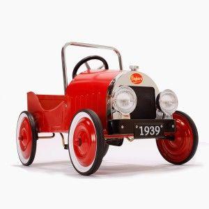 Gambar Mobil Klasik Merah