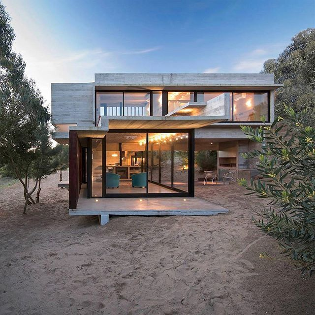 House built on the sand by BAK Arquitectos, Costa Esmeralda/Argentina, 2012. . . 📷 by Daniela Mac Adden . . . #house #home #architecture #decor #arquitetura #decoracao #arquitectura #travel #trip #viagem #london #paris #hotel #ny #gentleman #praia #cigar #beach #beachhouse #casa #motorcycle #food #luxury #caferacer #wanderlust #art #design #classic #style #brgentleman