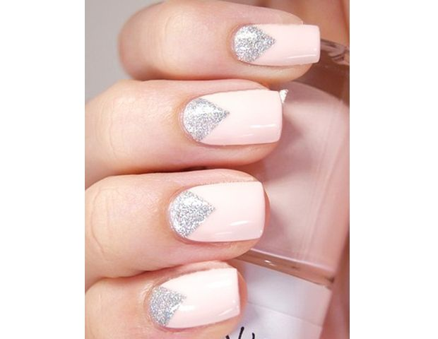 feminine nails 1
