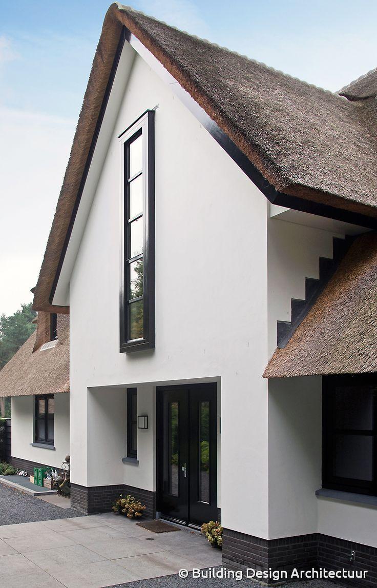 25 beste idee n over stucwerk huizen op pinterest stucwerk exterieur stenen buitenkant en - Buitenkant terras design ...
