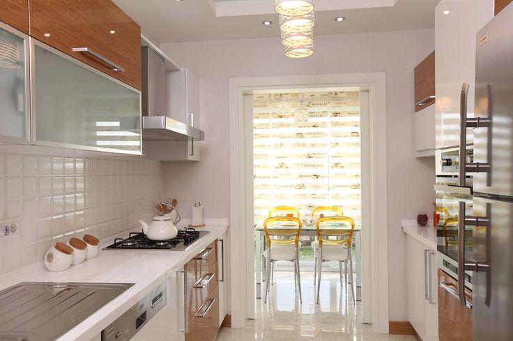 #mutfak #modern mutfak #tasarım #ahşap beyaz #akrilik tezgah #mutfak ve yemek masası #asma tavan modelleri #mutfak tavan modelleri #alçıpan tavan modelleri #kartonpiyer # modern asma tavan modelleri #avize modelleri #ışık bandı
