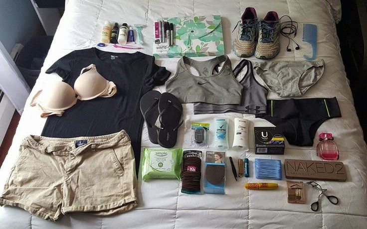 Are you wondering what you need to pack for Basic Training? Here's the list of everything females need for basic combat training