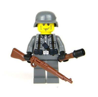 WW2 German Soldier With Kar98 Rifle with Direct Printed German Uniform and REAL LEGO® torso