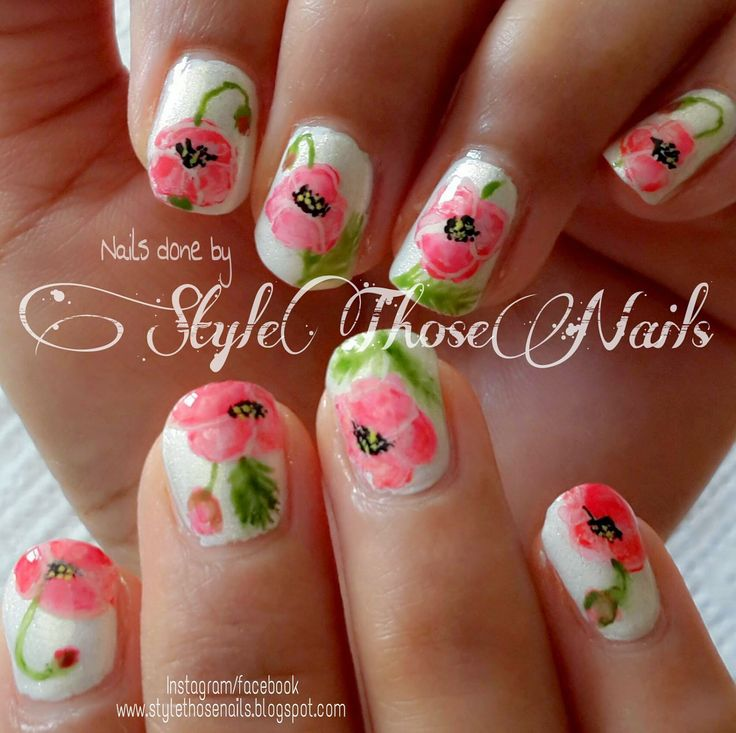 Style Those Nails: Water color Tulips Inspired by Lucy's Stash #watercolors #floralnails #tulipnails