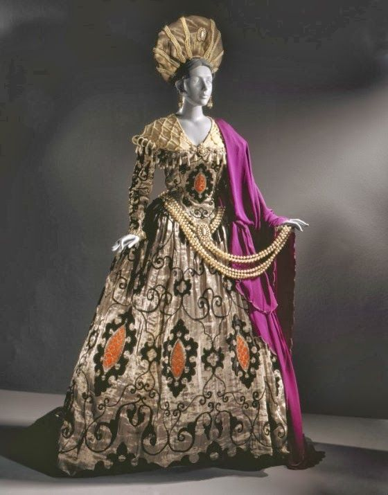 Costume pour Ganna Walska dans Elvira 'Don Giovanni' Erté (Romain de Tirtoff) (1892-1990)