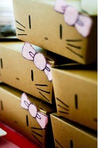 Transform brown boxes into Hello Kitty ~ Photo only: These would be great for prepacked lunches to hand out or use them as goodie box favors