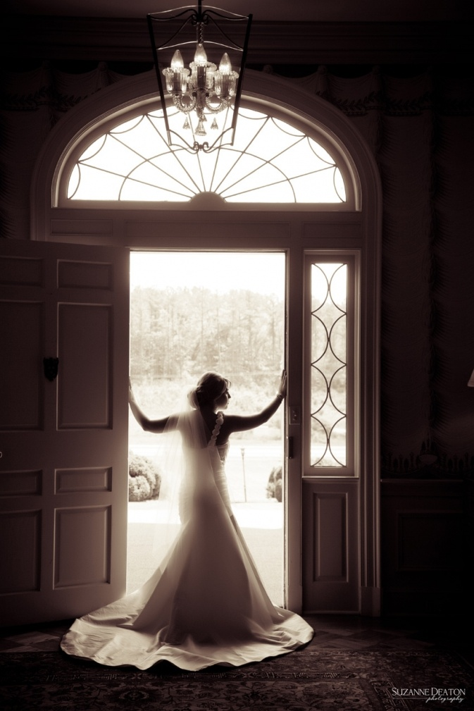 Allandale Mansion Photography. Although I probably wont have an indoor wedding, this would be a neat shot.