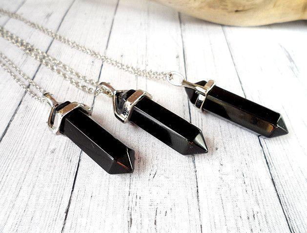 Czarne naszyjniki o kształcie minerałów <3  #black #necklace #beautiful #mineral #shape #fashion #trend