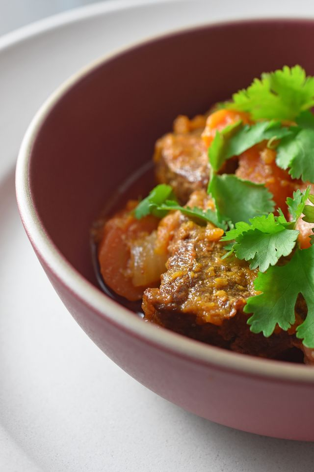 Pressure Cooker Thai Beef Curry | Nom Nom Paleo | Bloglovin'