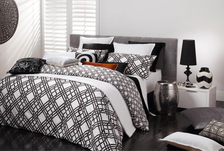 Florence Broadhurst Pagoda Black Duvet Cover Set - 100% cotton covers - duvet covers - queenb