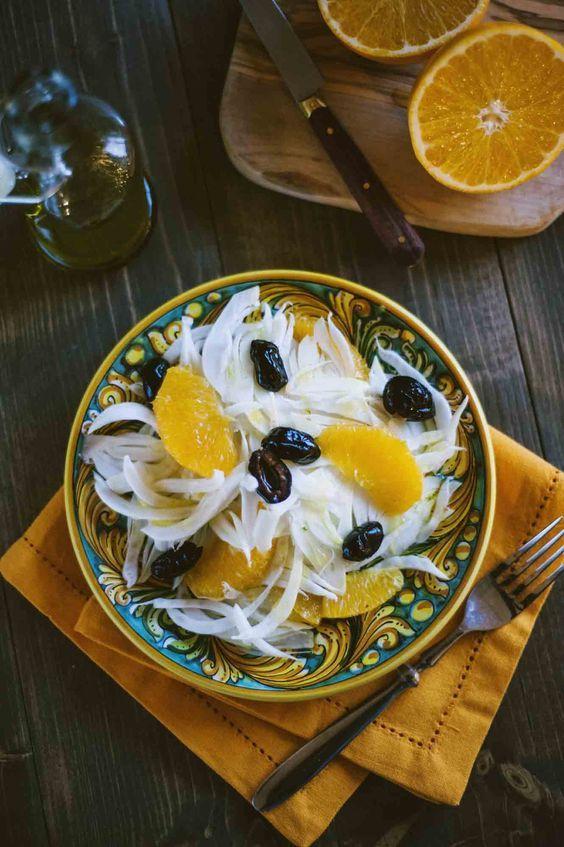 Un contorno fresco, saporito, energizzante e leggero? Ecco dal mio ricettario l'insalata di arance e finocchi, una meraviglia da vedere e da assaporare!