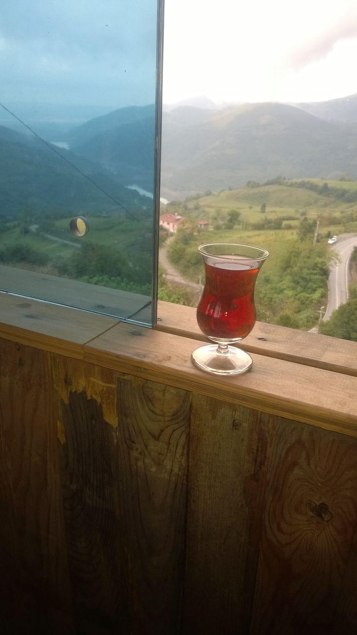 Yuvacık'ta çay keyfi