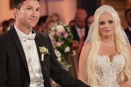 Bild zu Daniela Katzenberger und Lucas Cordalis haben geheiratet