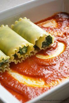 Rotolini di lasagne con ricotta e spinaci