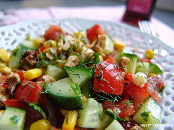 Mijn mixed kitchen: Dereotlu cevizli salata (Turkse salade met walnoten en dille)