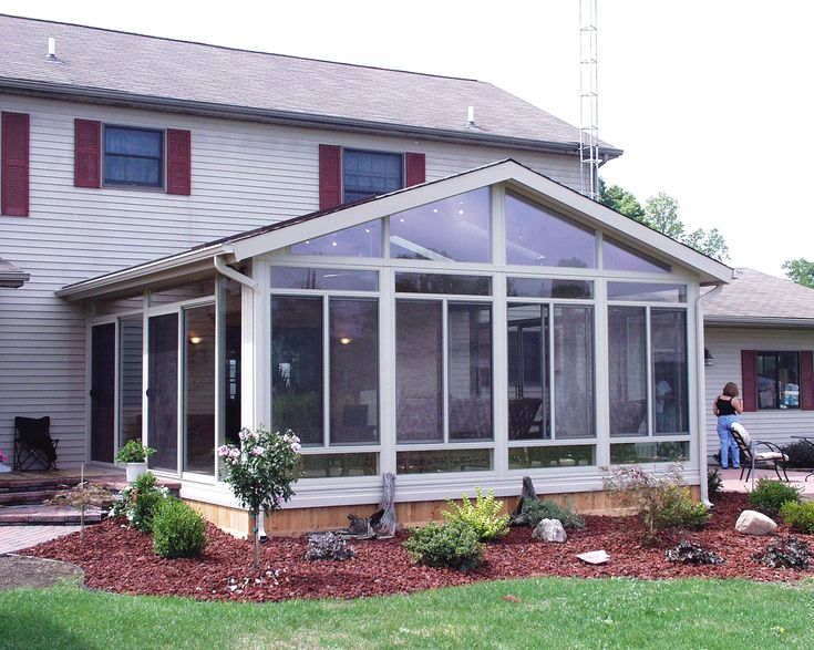 Best 25 sunroom cost ideas on pinterest screened in for Screen room addition plans