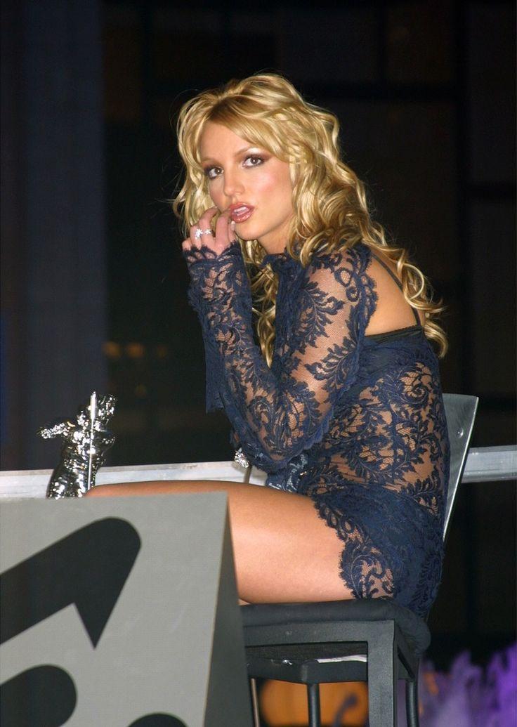 Britney Spears / BUSTLE