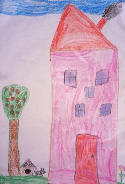 Julka lat 5 i jej kolejna praca - domek w którym mieszka z rodzicami i pieskiem http://dzieciociuszek.pl/photoblog