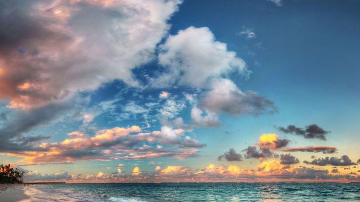 Wondrous Sky Over Azure Sea HD Desktop Background